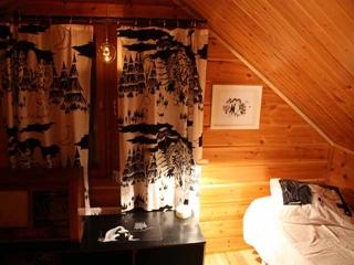 Muumihuone yläkerrassa - Die Muminkammer im Obergeschoss